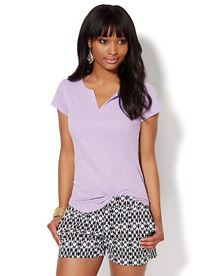 Split-Neck Cotton Tee - Solid  - New York & Company