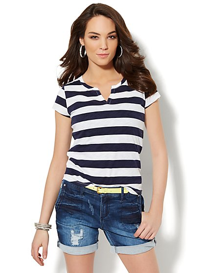 Split-Neck Cotton Tee - Striped  - New York & Company