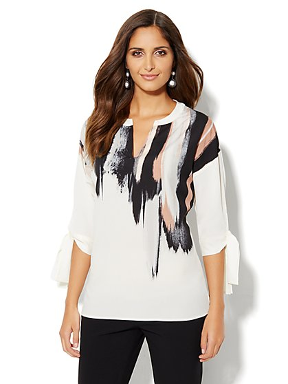 Split-Neck Shirttail Blouse - Abstract Print - New York & Company