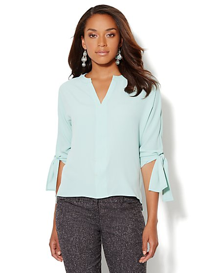 Split-Neck Shirttail Blouse - Solid - New York & Company