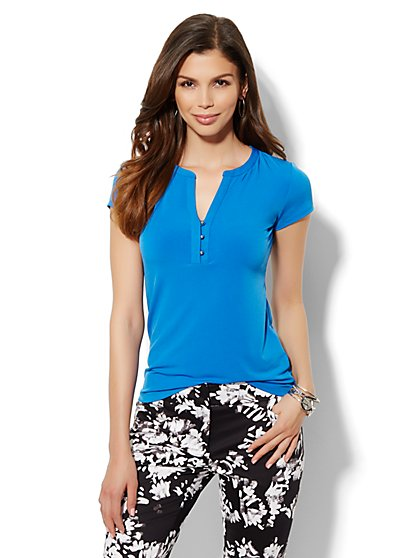 Split-Neck Short Sleeve Top  - New York & Company