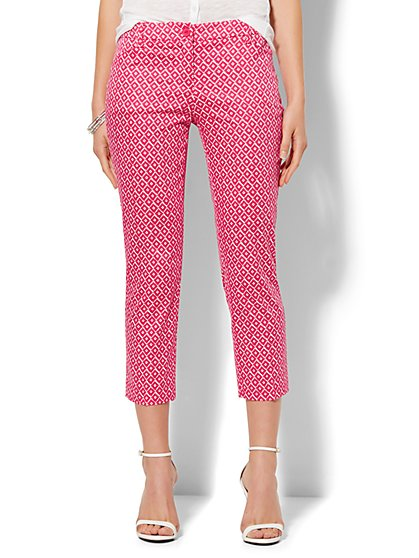 Straight-Leg Crop Pant - Brushed Diamond Print  - New York & Company