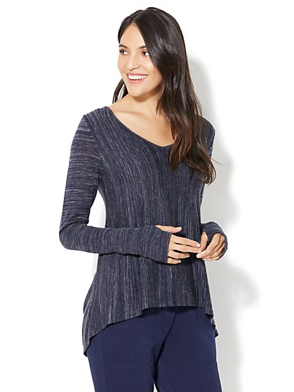 Street Wear - V-Neck Hi-Lo Sweater - New York & Company