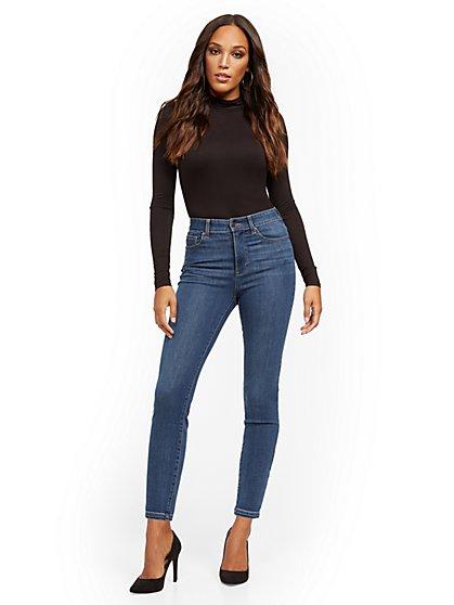 Super High-Waisted No-Gap Super-Skinny Jeans - Medium Blue - New York & Company
