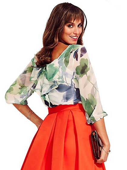Sweet Pea - Karlie Bow-Back Blouse - Floral  - New York & Company