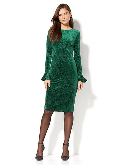 Textured Velvet Sheath Dress - New York & Company
