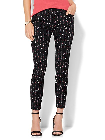 The Audrey Ankle Pant - Black Floral - New York & Company