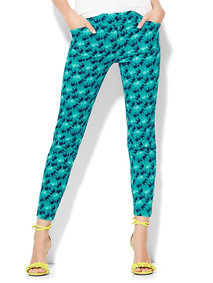 The Audrey Ankle Pant - Elephant Print  - New York & Company