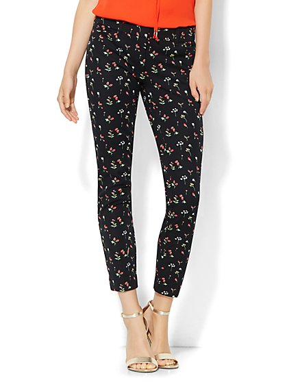 The Audrey Ankle Pant - Strawberry Print  - New York & Company