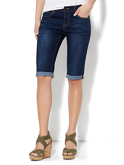 The Montauk Bermuda Short - Dark Tide Wash