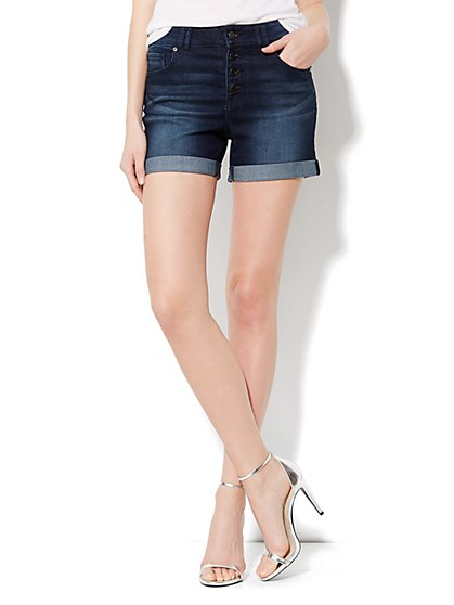 The Montauk High-Waist Short - Gentle Black Wash