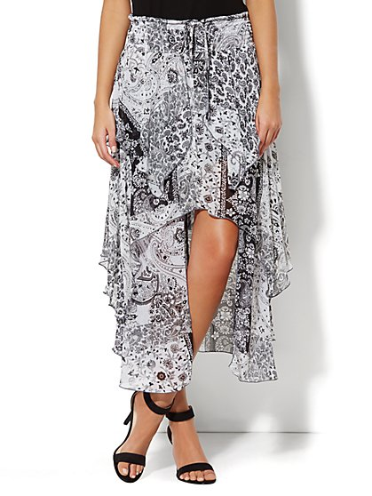 Tiered Handkerchief-Hem Skirt - Paisley  - New York & Company