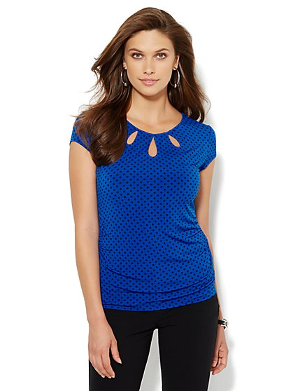 Triple Keyhole Knit Tee - Polka-Dot  - New York & Company