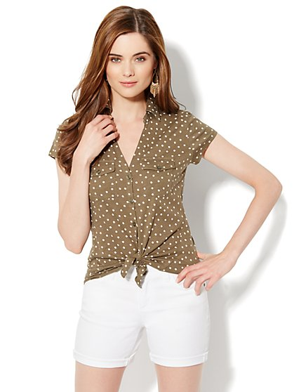 Two-Pocket Knit Shirt - Polka-Dot Print - New York & Company