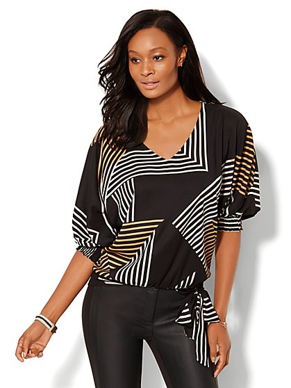 V-Neck Dolman Blouse - Linear Print  - New York & Company
