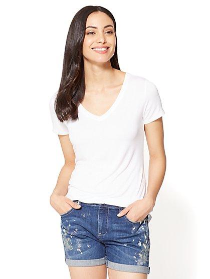 V-Neck Hi-Lo T-Shirt - New York & Company
