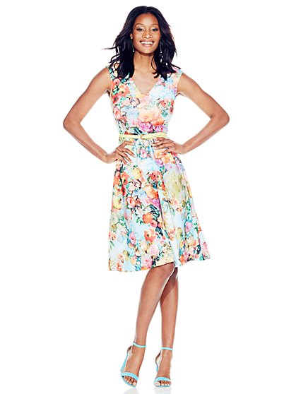 V-Neck Midi Dress - Floral  - New York & Company