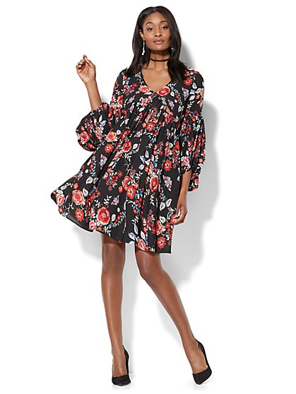 V-Neck Swing Dress - Black Floral - New York & Company