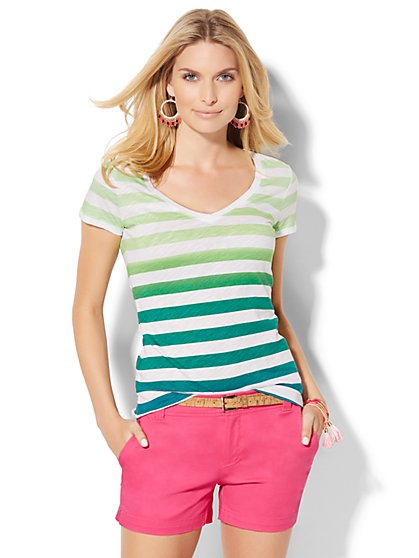 V-Neck Tee - Ombré Stripe  - New York & Company