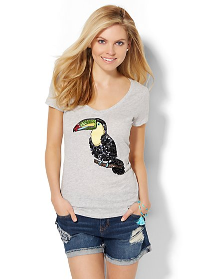 V-Neck Tee - Sequin Toucan  - New York & Company