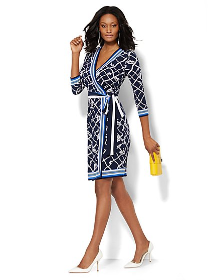 V-Neck Wrap Dress - Print/Stripe  - New York & Company