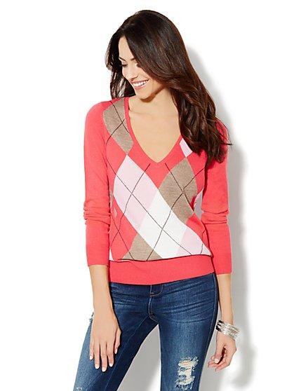 Waverly Argyle V-Neck Sweater  - New York & Company
