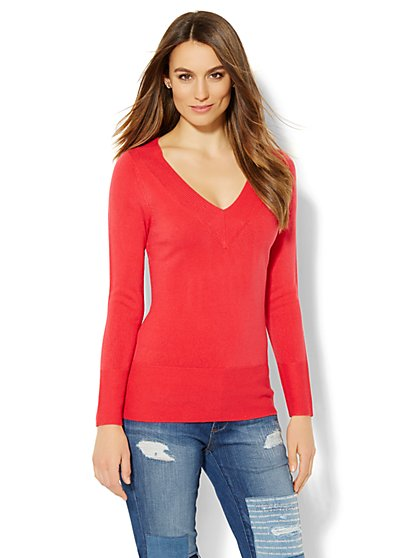 Waverly V-Neck Sweater - Ribbed Trim  - New York & Company