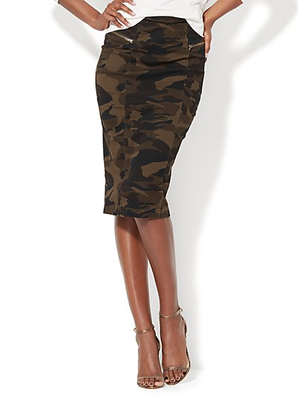 Zip-Accent Pencil Skirt - Camouflage Print - New York & Company