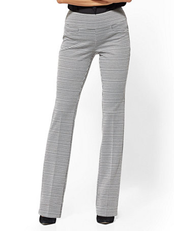 7th Avenue Pant   Petite Pull On Bootcut   Signature by New York & Company