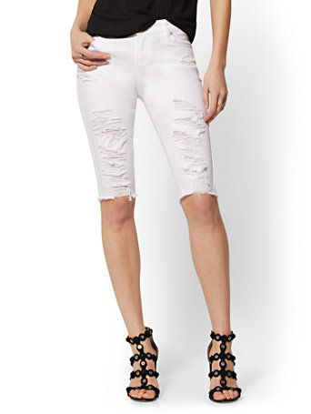 Destroyed 14 Inch Runway Short - White - Soho Jeans
