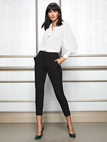 Eva Mendes Collection   Petite Doria Black Pant by New York & Company
