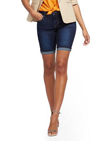 NY&Co Women's Lexi Mid-Rise 9-Inch Short - Blue Tease