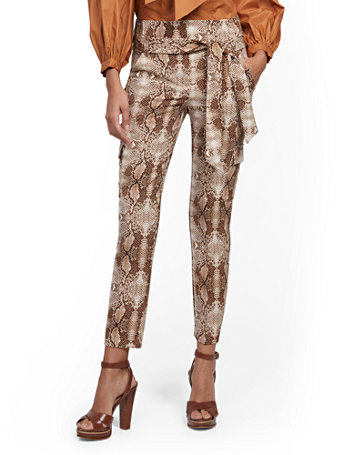 NY&Co Women's Madie Cargo Pants - Snake Print