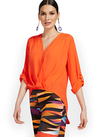 Pleat Front V Neck Top 09231120 020