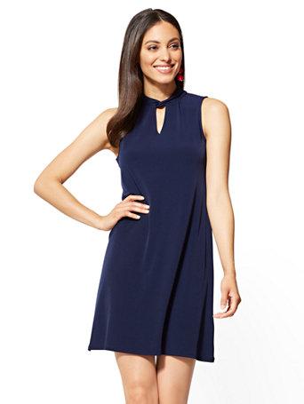 f72171fc77b NY&C: Sleeveless Swing Dress