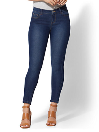 Soho Jeans   Essential Stretch   Legging by New York & Company