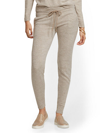Soho Street   Marled Sweater Jogger Pant by New York & Company
