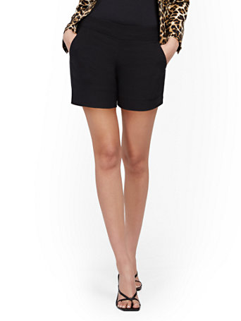 NY&Co Women's Whitney High-Waisted Pull-On 4-Inch Short Black