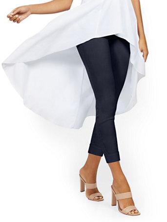 Whitney High Waisted Pull On Slim Leg Capri Pant Denim 03194301 059