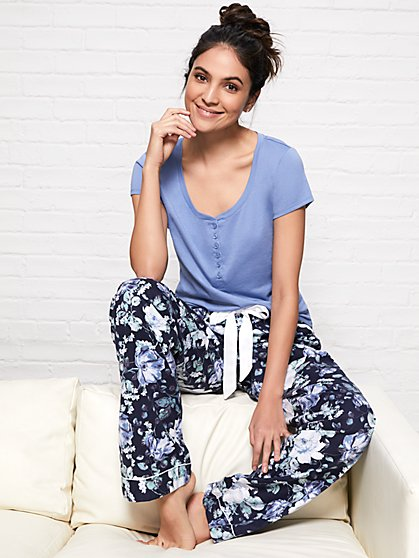 2-Piece Floral Pajama Set - New York & Company