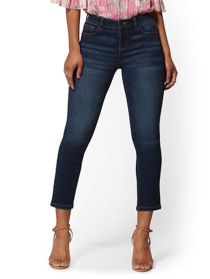 25 Inch Crop Legging - Blue Belle - Ultimate Stretch - Soho Jeans - New York & Company