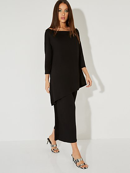 3/4-Sleeve Bateau-Neck Asymmetrical Top - NY&C Style System - New York & Company