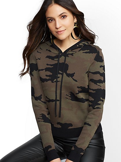 7th Avenue - Camo-Print Hooded Sweater - New York & Company