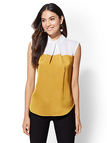 7th Avenue - Colorblock Twist-Front Top - New York & Company