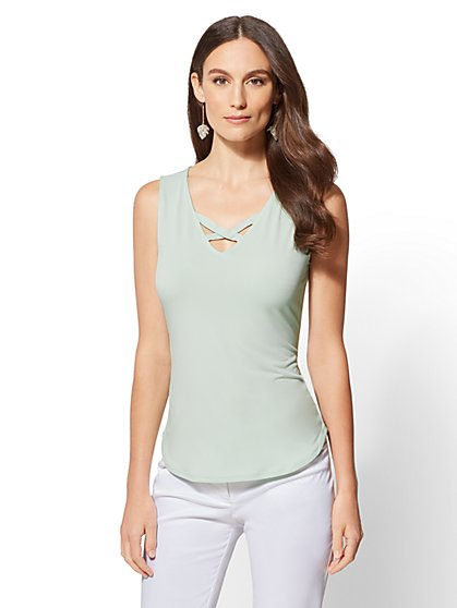 7th Avenue - Crisscross V-Neck Top - New York & Company