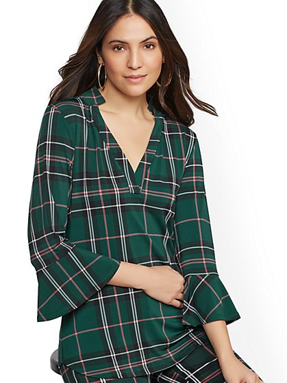 7th Avenue - Plaid V-Neck Knit Top - New York & Company