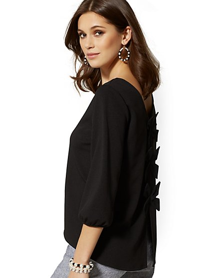 7th Avenue - V-Neck Bow-Back Top - New York & Company
