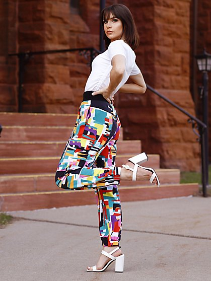 Abstract High-Waisted Jogger Pant - The NY&C Legacy Collection - New York & Company