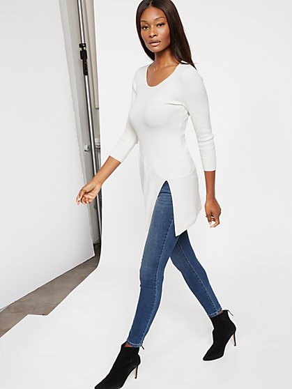 Asymmetrical-Hem Ribbed-Knit Sweater - New York & Company
