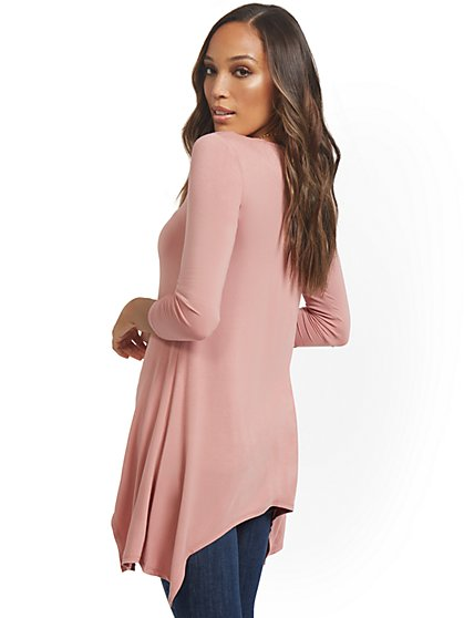 Asymmetrical Sharkbite Hem Tunic Top - New York & Company